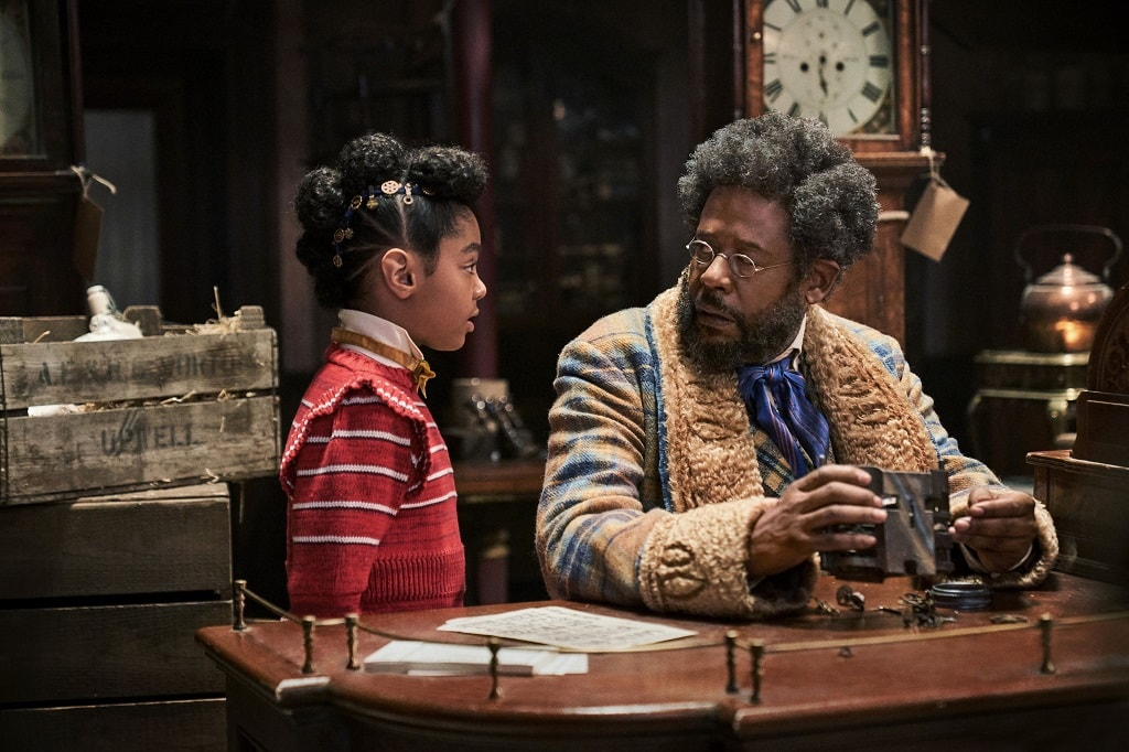 Jeronicus Jangle (Forest Whitaker) y su nieta, Jingle Jangle: Una magica Navidad review